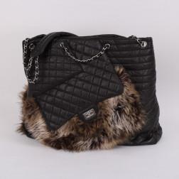 Karl's Fourrure Bag