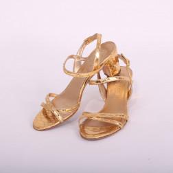 Sandales à talons haut p.36