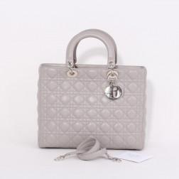 Sac Lady de Dior Grand modèle cuir gris