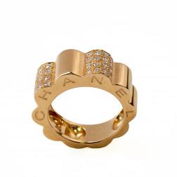 Bague Profil de Camélia grand modèle  or jaune 18k et diamants