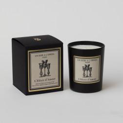 Bougie parfumée L'ELIXIR D'AMOUR - Infusion d'épices et Notes de thé d'après l'Opéra de Donizetti