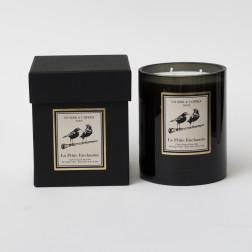 Bougie parfumée 3 mèches  LA FLUTE ENCHANTEE Cèdre Rouge et Rose Otto  1KG