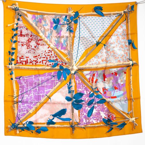 Carrés foulards Hermès d occasion a7e32439e77