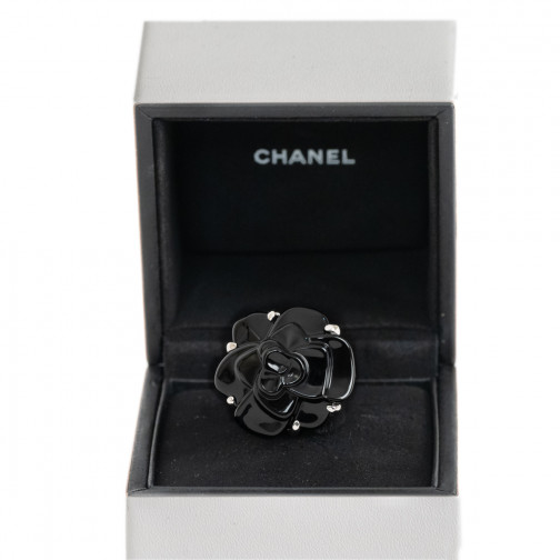 Bijoux signés d occasion de luxe authentifiés, grandes marques 9046a5bea47